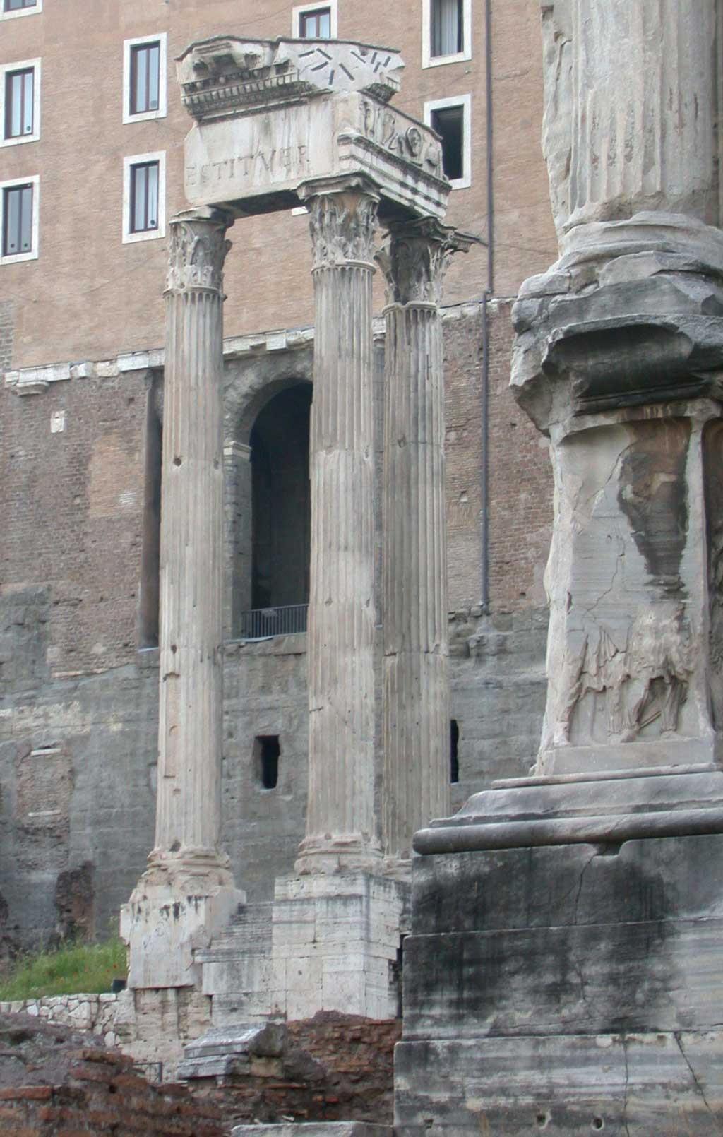 Храм Веспасиана, древнейшие храмы рима,храмы рима, рим античный, достопримечательности рима, римский форум, древние храмы, римские руины