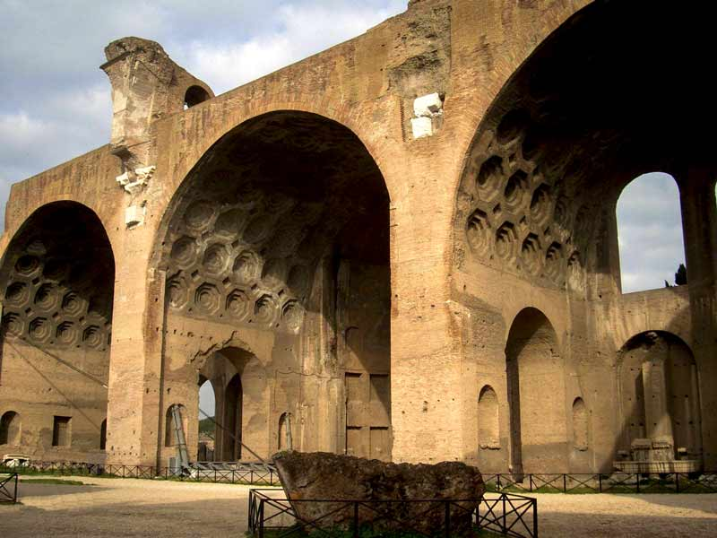 базилика максенция древний римский форум