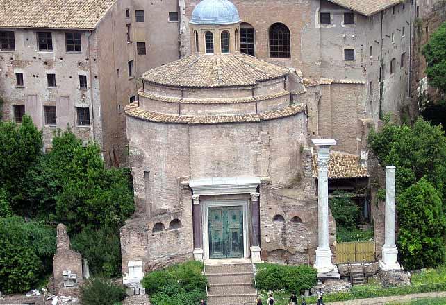 форум в риме храм ромула