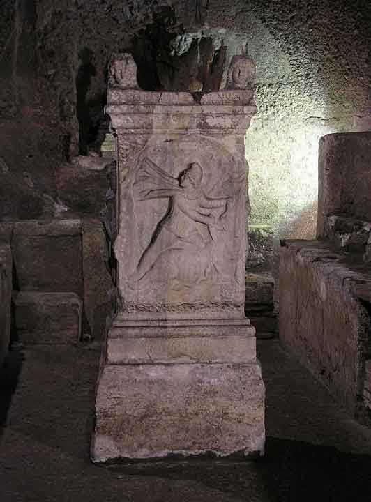 Базилика Сан Клементе подземелья Рима