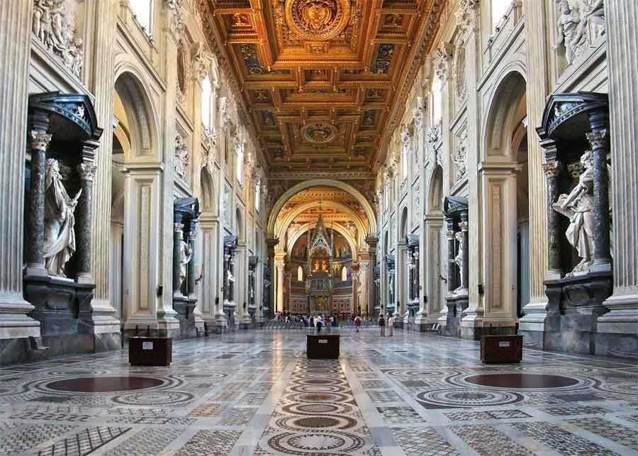 Базилика Сан Джованни ин Латерано Рим Латеранский собор интерьер базилики сан джованни ин латерано