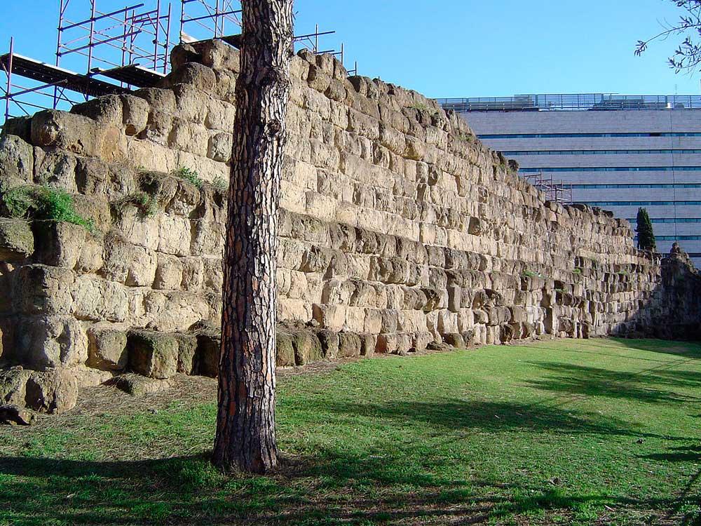 сервиева стена древний рим городские стены рима