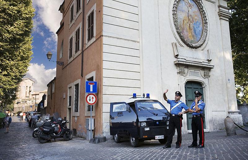 Итальянские полицейские, история полиция в Италии, карабинеры, силовые структуры Италии, полиция Рима, полиция Лацио