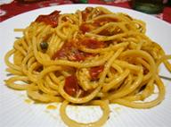 Спагетти с соусом из томатов и скумбрии / Spaghetti allo sgombro