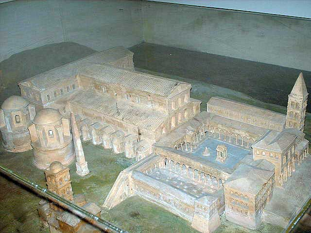 Model_of_costantinean_basilica_of_saint_Peter_in_the_vatican