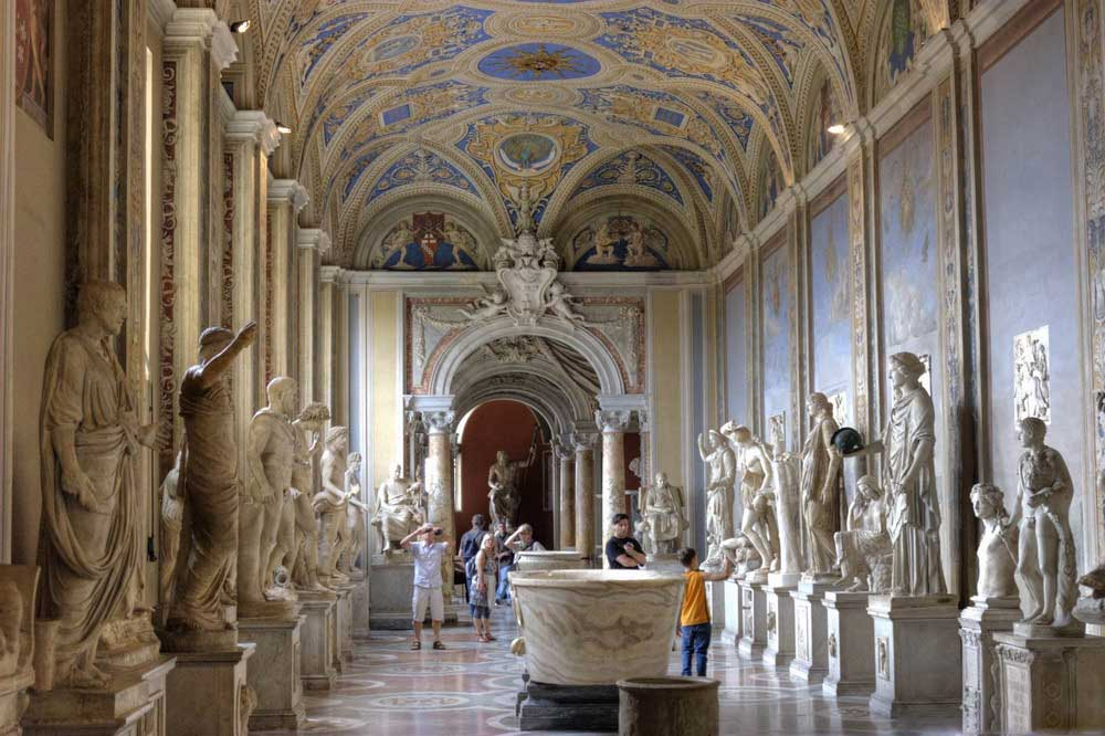 Картинки по запросу Музеи Ватикана будут работать по вечерам