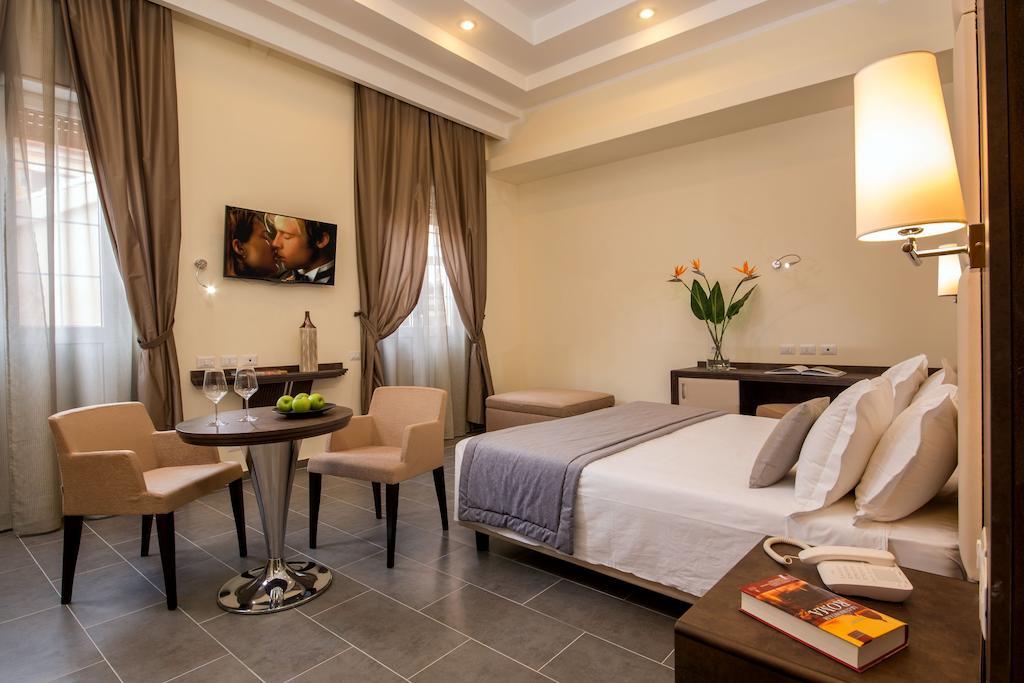 Отели Рима, Otel Hearth