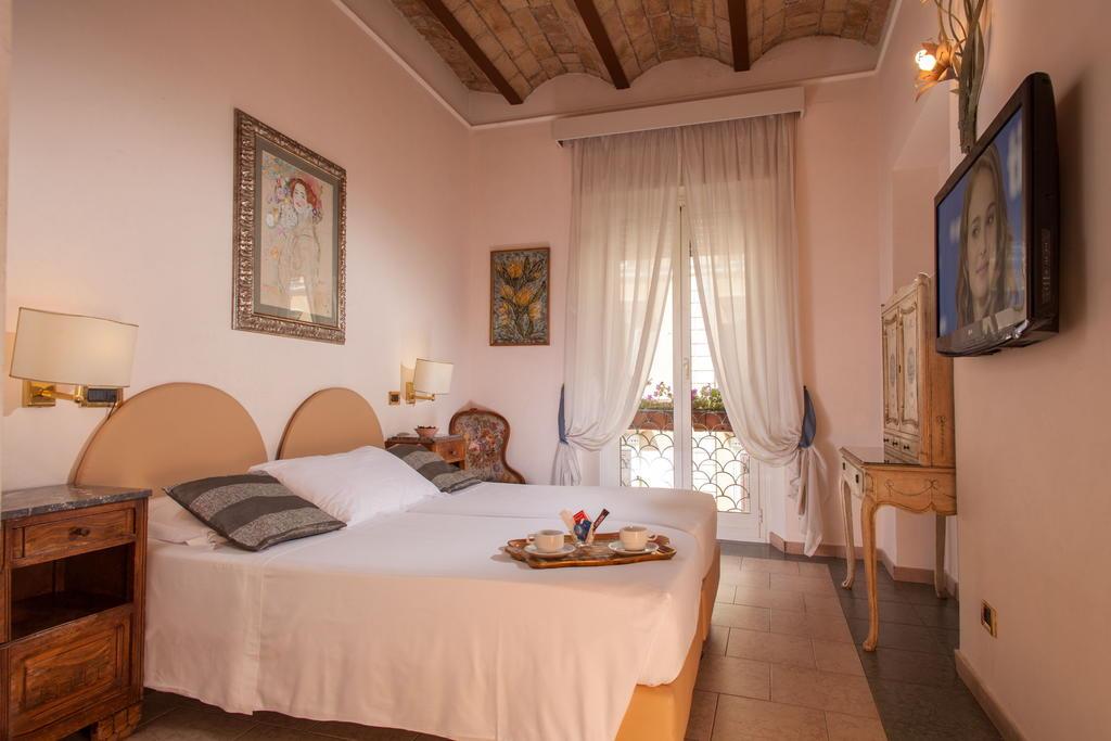 Отели Рима, Hotel Sant-Angelo