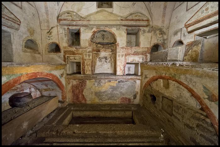 некрополь ватикана фото