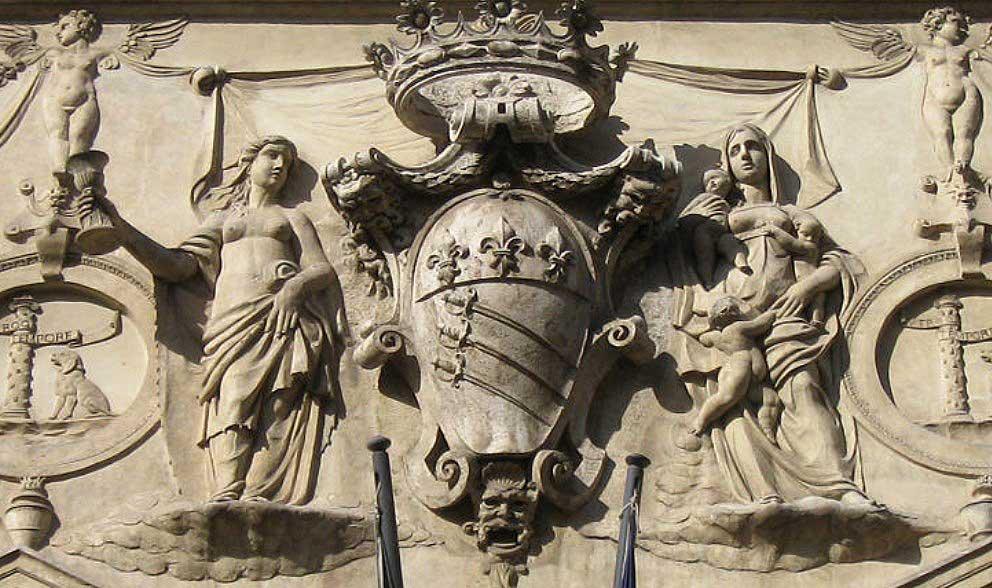Фамильный герб Спада, дворец спада рим