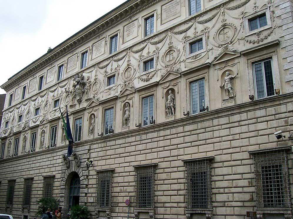 Палаццо Спада, художественная гарелея спада