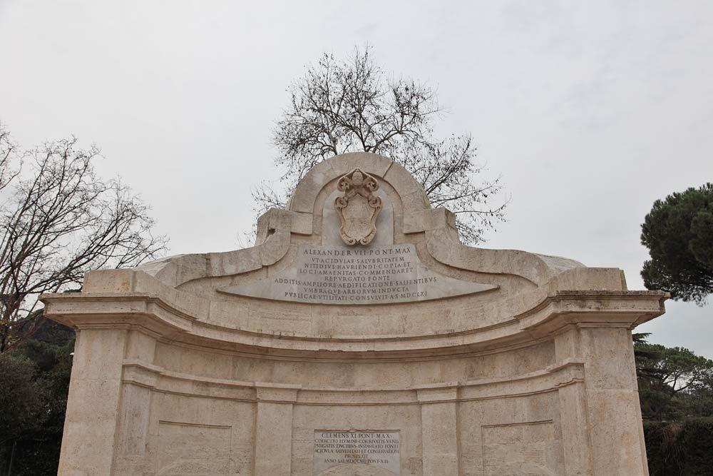 фонтан вислой воды целительный источник рим