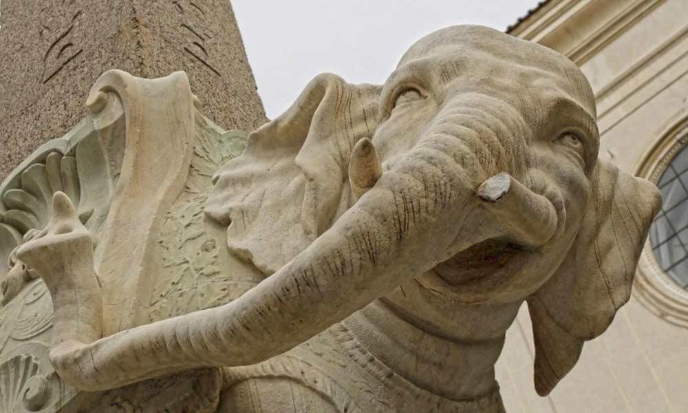 Фрагмент скульптуры Бернини слон