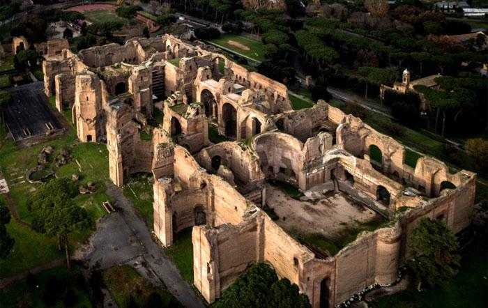 римские бани Термы Каракаллы руины