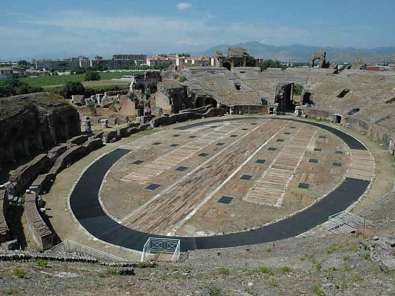 римский Амфитеатр в Капуа