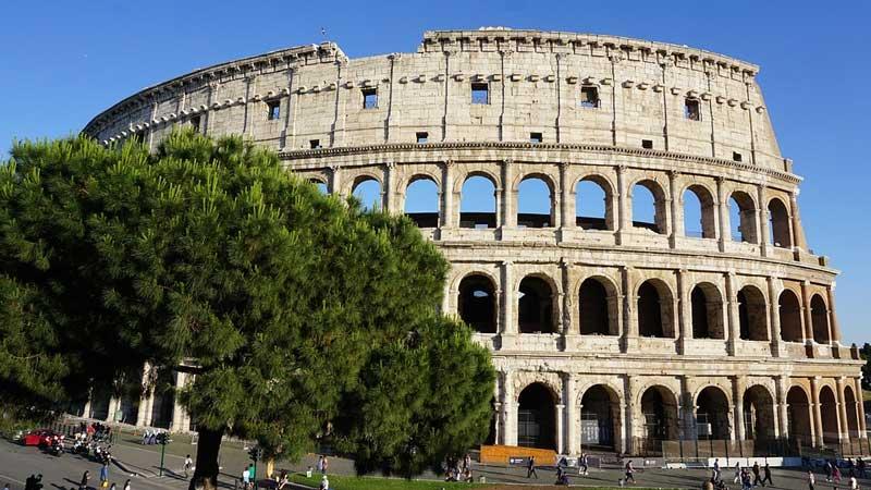 римский амфитеатр колизей