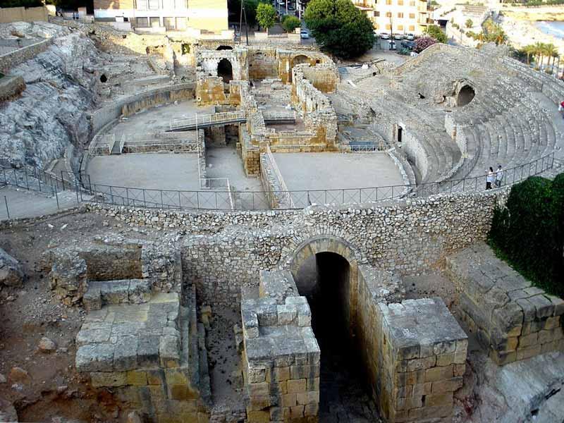 древний римский амфитеатр