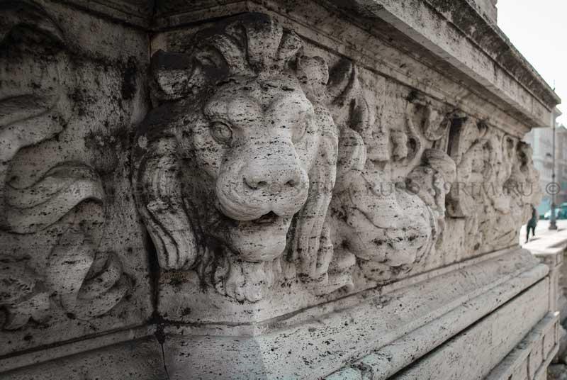 декор Моста Виктора Эммануила II в Риме