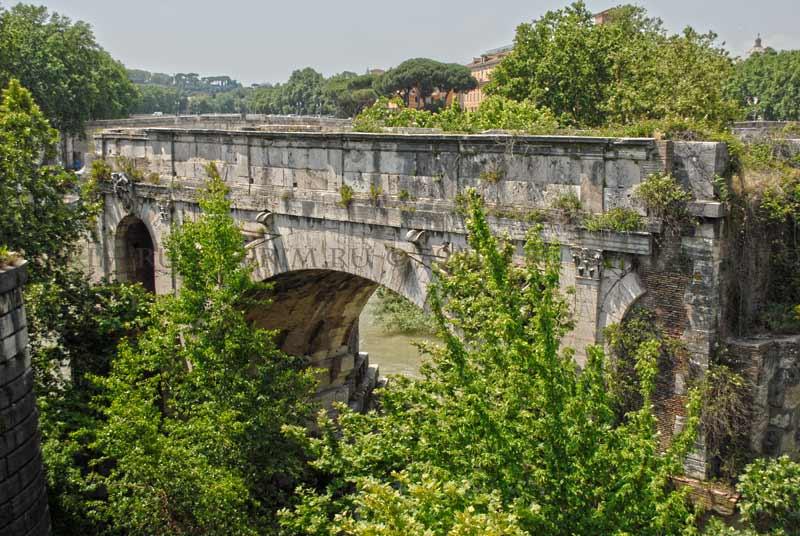 Понте Ротто, сломанный мост рим