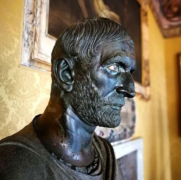 Скульптуры Древнего Рима , Капитолийский Брут